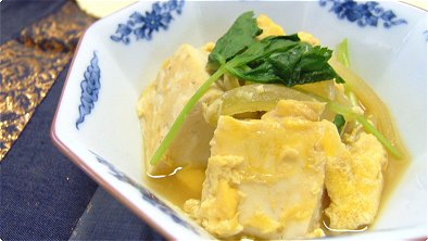 Boiled Tofu & Onion with Egg