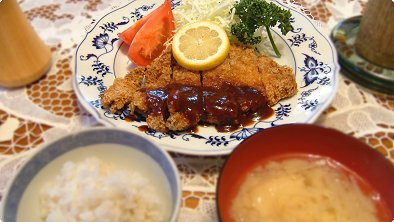 Deep–fried Breaded Pork Cutlets